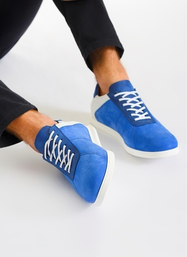 D by Divarese Sneaker Saks